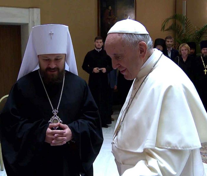 """""""Patriarcado de Moscou"""" pede ao Papa Francisco impedir o progresso dos católicos"""