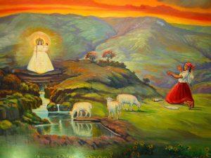 Imagem da Virgem de Urkupiña no altar principal da Igreja de San Ildefonso, em Quillacollo