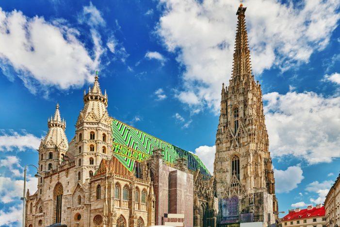 """Catedral de Viena é profanada com um """"Show-rock"""""""