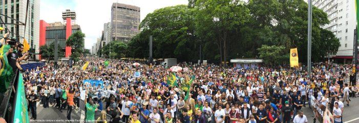 Na Av. Paulista, manifestação contra o crime do aborto