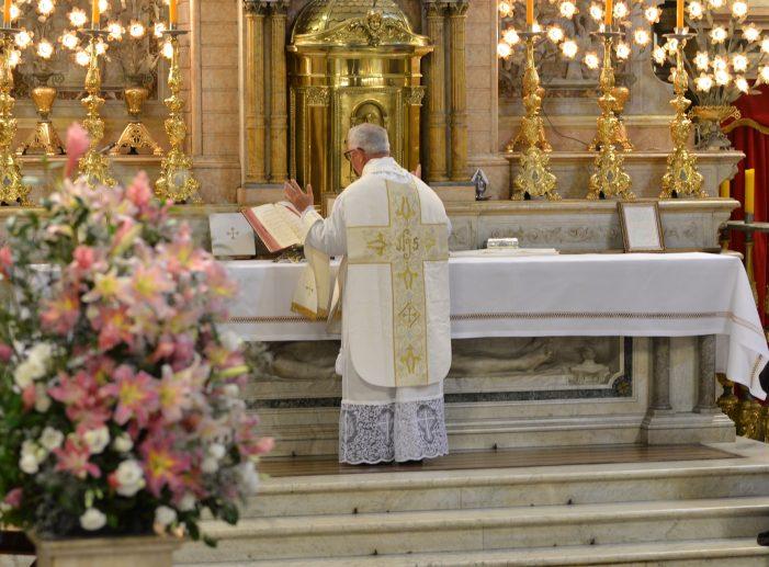 A Santa Missa e o imenso poder do sacerdote