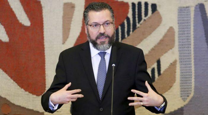 Discurso do chanceler, reação das esquerdas e missão do Brasil