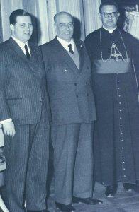 Em Roma, no ano de 1962, assessorou o Prof. Plinio no acompanhamento do Concílio Vaticano II