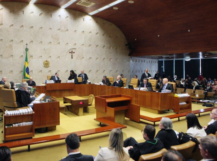 STF pode tornar crime defender a Moral Católica