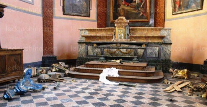 Ataques a igrejas católicas