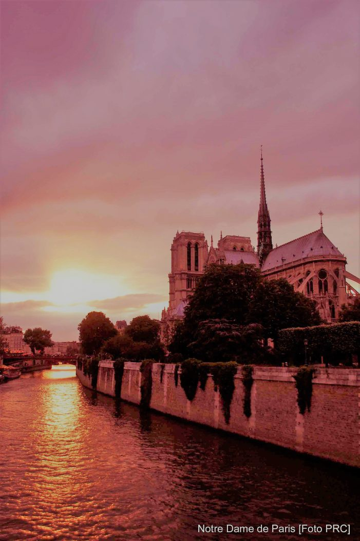 Ainda sobre a flecha de Notre-Dame