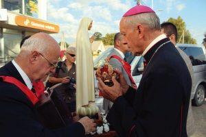 D. Eugenius Bartulis, bispo de Siauliai, onde houve vários atos, na coroação da Imagem de Nossa Senhora