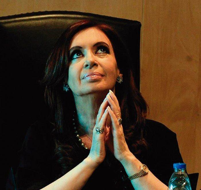 Kirchner tenta engajar o Papa na chapa eleitoral