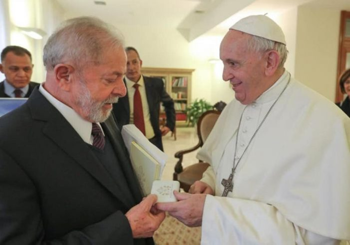 LULA NO VATICANO — Os Papas condenaram o Socialismo
