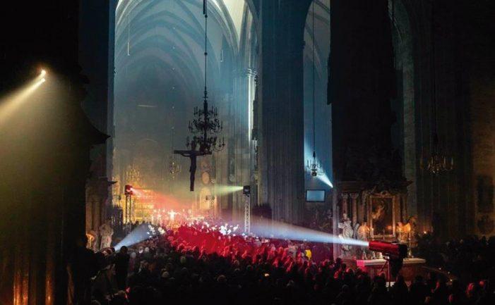 Profanações sistemáticas apoiadas pelo Cardeal de Viena