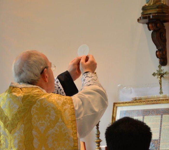 Apelo aos bispos do Brasil para que se abram as igrejas