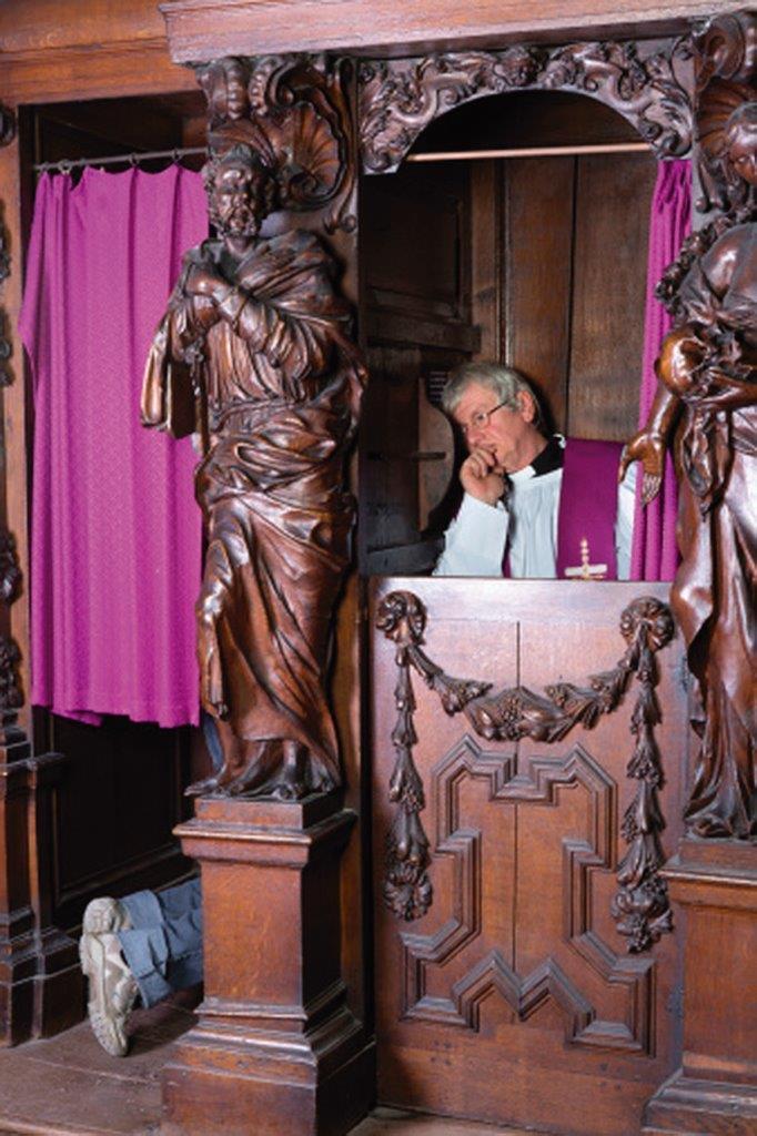 Devemos pedir aos nossos párocos que reabram as igrejas?