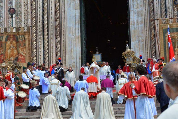 O Santíssimo Sacramento da Eucaristia e a solenidade de Corpus Christi em Orvieto