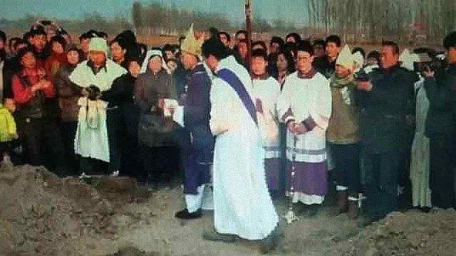"""Polícia sequestra bispo chinês e o submete a """"sessões políticas"""""""